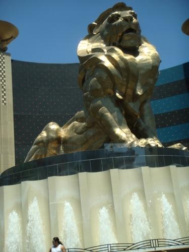 MGMグランドのライオンその1.jpeg